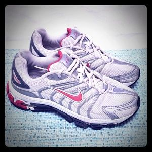 Nike Air Tri D Women's 7 shoes Medium Phylon